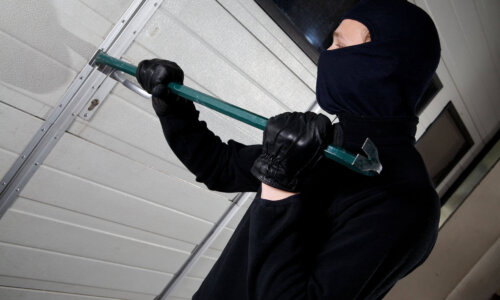 robber violation property with a mask